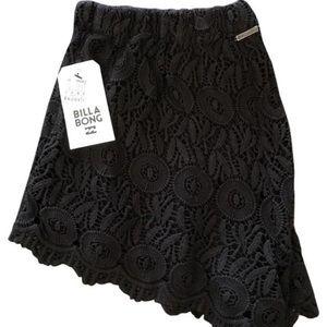 NWT Billabong high waist lace black shorts large